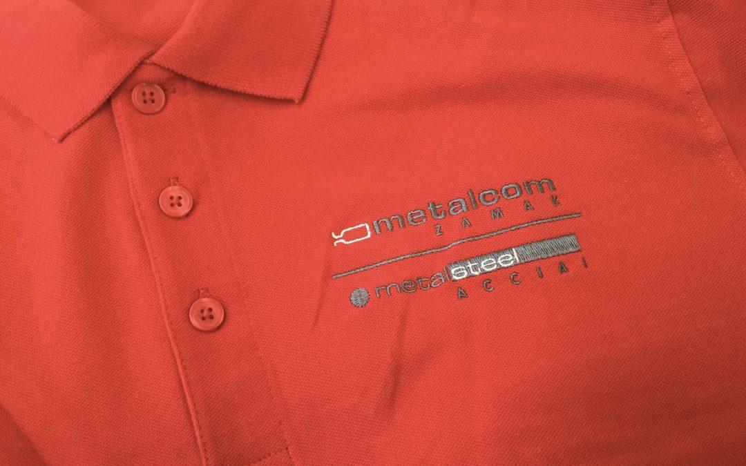 Magliette personalizzate economiche: 5 idee d'impatto
